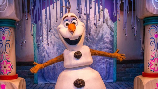 character-meet-olaf-frozen-00